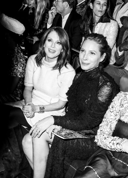 Julianne Moore e Christy Turlington