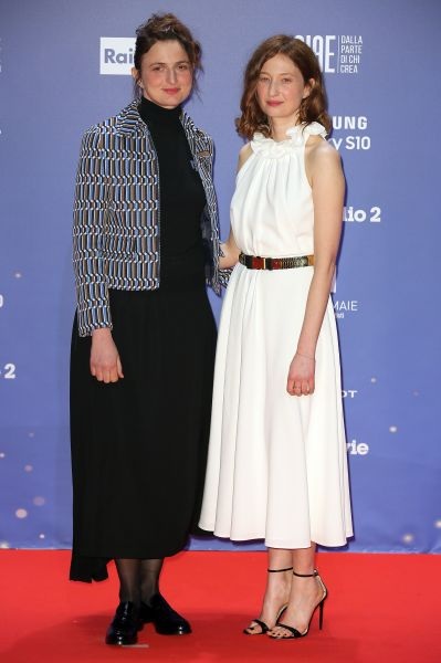 Alice e Alba Rohrwacher in Prada (Courtesy of Prada)