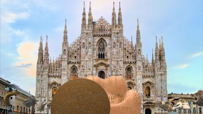 B&B Italia: UP 50' by Gaetano Pesce - Piazza del Duomo