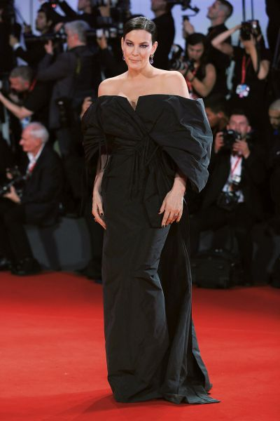 Liv Tyler in Givenchy Haute Couture