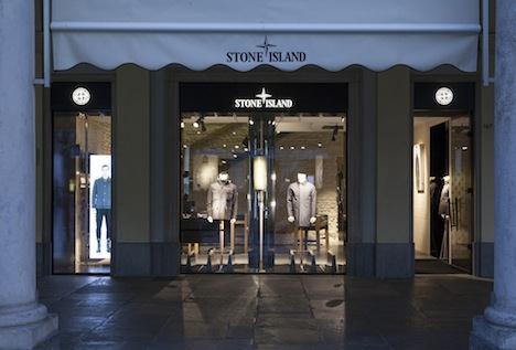 info for 22966 cb5ed Retail: Stone Island alla conquista di Torino. Apre al posto ...