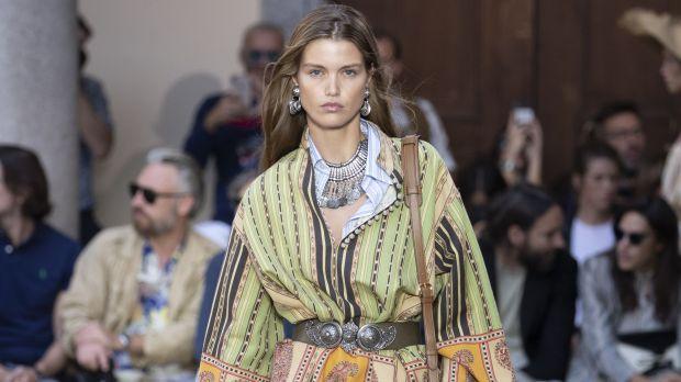 competitive price 88239 b8379 milano moda donna: Etro: il viaggio infinito delle nuove ...