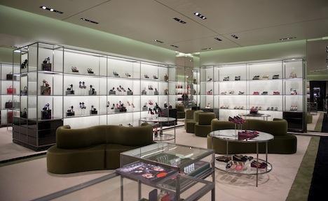 negozio scarpe prada