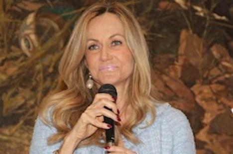 Una settimana di applausi per Nicoletta Spagnoli 9ae7c7e364c
